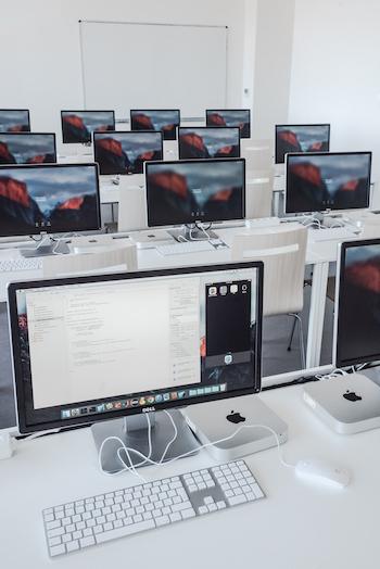 Xcode v AppleLab
